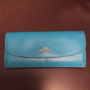 Authentic Coach TEAL saffiano leather wallet